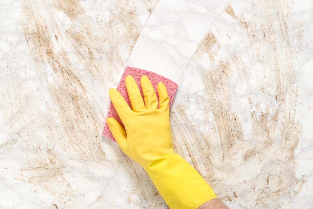 nettoyer détacher taches marbre